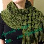 This Celtic Knot Loop Scarf Pattern is absolutely gorgeous and surprisingly simple! Using any size yarn and needles you'd like, give this pattern a try! pattern Celtic Knot Loop Scarf Pattern For Knitters Loom Knitting, Knitting Stitches, Knitting Patterns Free, Knit Patterns, Free Knitting, Free Pattern, Snood Knitting Pattern, Celtic Patterns, Finger Knitting