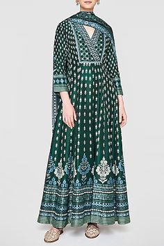 ANITA DONGRE Featuring a lush green kurta in viscose and lyocell base with botanical motif print including pearls, zardosi, sequins, zari and cut dana work embroidery. It is paired with matching churidar pants in cotton silk base and viscose dupatta. Designer Suits Online, Indian Designer Suits, Anita Dongre, Ghanaian Fashion, Indian Fashion, Indian Wedding Outfits, Indian Outfits, Embroidery Suits Design, Indian Celebrities