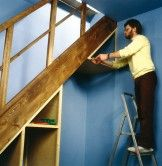 Aménager un dessous d'escalier | Maisonbrico.com