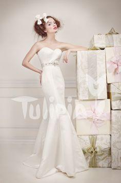 Tulipia Happy - Gabbi Wedding Dresses, Happy, Fashion, Bride Dresses, Moda, Bridal Gowns, Fashion Styles, Weeding Dresses, Ser Feliz