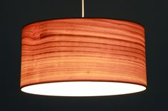 Lampenschirm Kirsche Echtholzfurnier - beleuchteter Zustand, individuelle Anfertigung, verschiedene Durchmesser 40 bis 60 cm