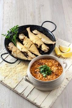 Faneca frita com arroz de feijão TeleCulinária 1886 - 1 de Junho 2015 - Disponível em formato digital: www.magzter.com Visite-nos em www.teleculinaria.pt