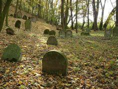 Hay el cementerio de los judíos.