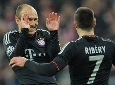 Der französische Nationalspieler Franck Ribéry vom deutschen Fußball-Rekordmeister FC Bayern München hat Edelreservist Arjen Robben den Rücken gestärkt. (Foto: Andreas Gebert/dpa)