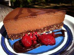 Raw Vegan Nutella Cream Pie