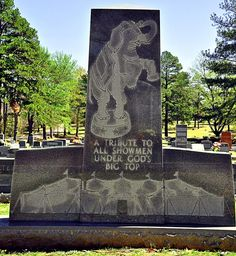 Hugo Oklahoma, Circus performers cemetery.  Shown here:  Showman's Rest