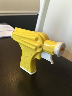 Light Yellow PEZ Space Gun