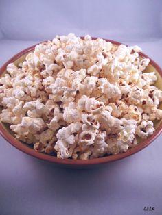 Homemade popcorn met kruiden