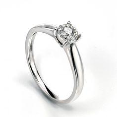 9ct White Gold & Diamond Cluster Ring #diamonds #diamondrings #engagementring #love #wedding #fashion #style #jewellery
