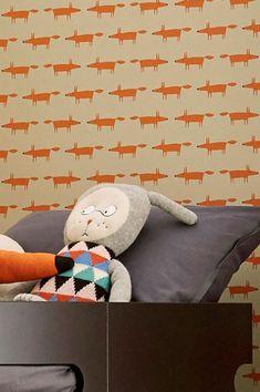 #cartadaparati #decorazioneparete #cartadaparatiaranzione Orange Wallpaper, Kids Wallpaper, Pattern Wallpaper, Flower Power, Orange Tapete, Fox Kids, Bathroom Kids, Colors, Orange