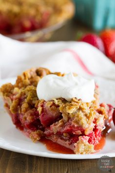 Strawberry Crumble Pie | Taste & Tell Blog | Sweet, fresh strawberries are topped with a spiced crumble topping in this Strawberry Crumble Pie that makes the perfect summertime dessert.