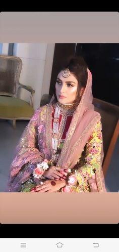 Ayeza Khan, Pakistani Actress, Emma Watson, Pakistani Dresses, Bridal Looks, Sari, Actresses, Jewellery, Beautiful