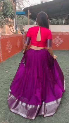 Party Wear Indian Dresses, Designer Party Wear Dresses, Dress Indian Style, Indian Fashion Dresses, Indian Designer Outfits, Girls Frock Design, Fancy Dress Design, Stylish Dress Designs, Stylish Dresses