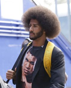 49ers vs. Bills:     October 16, 2016  -  45-16, Bills  -    San Francisco 49ers quarterback Colin Kaepernick arrives at New Era Field before an NFL football game against the Buffalo Bills on Sunday, Oct. 16, 2016, in Orchard Park, N.Y. (AP Photo/Mike Groll)
