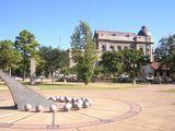 Foto Plaza de las Dos Culturas - Reloj de Sol (Argentina)