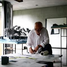 Stories about Swiss architect Peter Zumthor, including his renowned Therme Vals spa, LACMA overhaul plans and stilted Zinc Mine Museum in rural Norway. Design Thinking, Architecture Student, Architecture Design, Creative Architecture, Therme Vals, Sheltered Housing, Arch Model, Famous Architects, Zaha Hadid