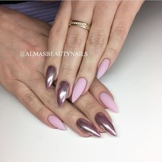 Stiletto nails in acrylic. Pale pink and chrome. By Alma Nordahl