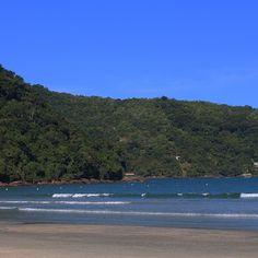 Final da tarde assim... Mix de tons de azul e verde  #picoftheday #nature #férias #beachtime #family #chriscastro