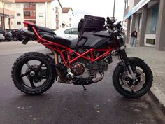 Ducati StubBORN - This is a neat Motorcycle!