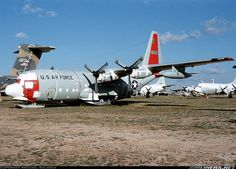 Lockheed C-130D Hercules (L-182) aircraft picture