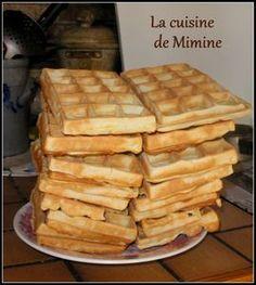 Grandfather s waffle Mimine s cooking Waffle Recipes, Cake Recipes, Hashbrown Waffles, Fluffy Waffles, Nutella Crepes, Food Tags, Angel Cake, Crockpot Recipes, Delish