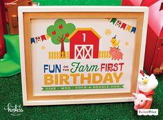 Free, printable 8x10 Fun on the Farm First Birthday sign designed by @hwtm. An easy DIY decoration to add to your party space.