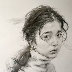 Supreme Portrait Drawing with Charcoal Ideas. Prodigious Portrait Drawing with Charcoal Ideas. Portrait Au Crayon, L'art Du Portrait, Portrait Sketches, Pencil Portrait, Drawing Sketches, Drawing Tips, Sketching, Dark Art Drawings, Cool Drawings