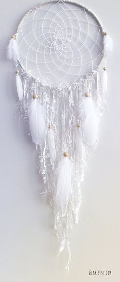 White dream catcher... would be stunning in my new room