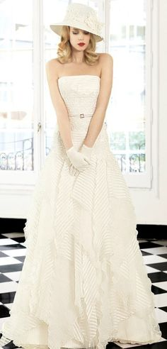 Inmaculada Garcia wedding dress