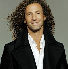 Famous Musicians   Saxophone player Kenny G