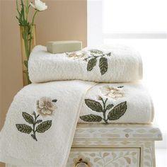Sanderson Emeline Hand Towel, Cream & Linen
