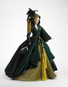 http://www.tonnercollectibles.com/2009TonnerSite/2009Images/GWTW/mymothersportieres.jpg