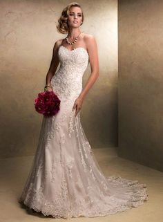 Fascinante Formato A Coração Renda Tule Vestido de Noiva com Bordado
