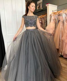 vintage prom dresses 2020 cap sleeve beaded gray elegant two piece prom gown robe de soiree Blouse Lehenga, Lehnga Dress, Red Lehenga, Lehenga Choli Designs, Ghagra Choli, Silk Dupatta, Grey Prom Dress, Tulle Prom Dress, Prom Dresses