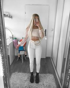 best quality models of the seasons Crop Top Outfits, Hot Outfits, Cute Summer Outfits, Trendy Outfits, Fashion Outfits, Corporate Fashion, Cute Crop Tops, Professional Outfits, Dress For Success
