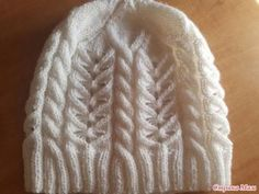Knit Crochet, Crochet Hats, Crochet For Boys, Knitting Accessories, Baby Booties, Hats For Women, Crafts To Make, Knitted Hats, Winter Outfits