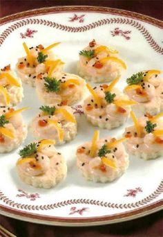 Shrimp appetizers Shrimp Appetizers, Summer Diet, Healthy Summer Recipes, Catering Services, Food N, Great Recipes, Places To Visit, Cooking Recipes, Snacks