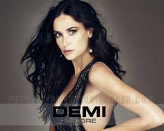 Demi Moore as an evil enchantress clinging to dark magic? Demi Moore, Gloria Steinem, Circulation Sanguine, Military Diet, Losing 10 Pounds, Most Beautiful Women, Thighs, Hair Beauty, How To Remove