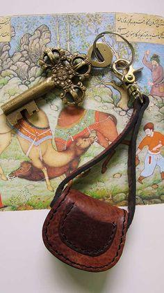 Burnt Sienna Mini Gigi, Chiaroscuro, India, Pure Leather, Handbag, Bag, Workshop Made, Leather, Bags, Handmade, Artisanal, Leather Work, Leather Workshop, Fashion, Women's Fashion, Women's Accessories, Accessories, Handcrafted, Made In India, Chiaroscuro Bags - 1