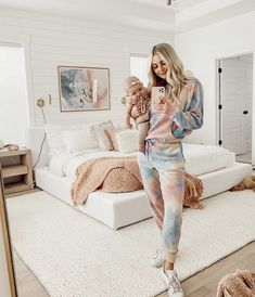 Aspyn Ovard Outfits, Aspyn And Parker, Childrens Halloween Costumes, Family Goals, Future Baby, Future House, Mommy And Me, Spring Collection, Home Living Room