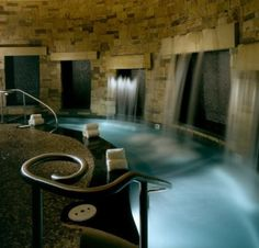 Spa at the St Regis Resort in Aspen, Colorado. Want this for my dream home Colorado Springs, Aspen Colorado Resorts, Boutiques, Piscina Interior, Best Spa, Hotel Pool, Luxury Spa, Luxury Yachts, Viajes