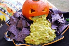 60 Fun Halloween Party Planning and Food Ideas to inspire your next party! #halloween #halloweenrecipes #funhalloweenfood #halloweenfood Halloween Party Snacks, Halloween Appetizers For Adults, Comida De Halloween Ideas, Hallowen Food, Snacks Für Party, Halloween Food For Party, Halloween Birthday, Appetizers For Party, Spooky Halloween