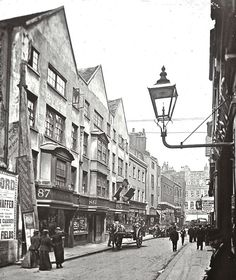 Fetter Lane London England circa Some of my ancestors lived just off Fetter Lane in the Victorian London, Vintage London, Old London, Victorian Street, Victorian Era, City Of London, London Street, London Bridge, London Pictures