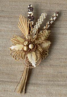 Swiss Straw Work Brooch, ©2008 Brigitte Kilchmann,  National Association of Wheat Weavers.