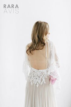 18 Of The Dreamiest Wedding Dresses You Will Ever See! ⋆ PAPER & LACE