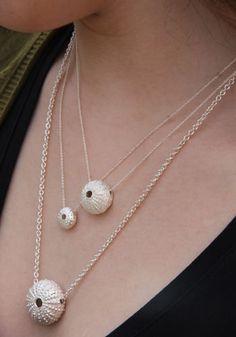 Silver Bracelet For Ladies Info: 9019074161 Sea Jewelry, Seashell Jewelry, Nautical Jewelry, Boho Jewelry, Jewelry Art, Jewelry Design, Jewelry Casting, Ceramic Necklace, Ceramic Pendant