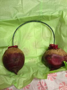 White elephant gift - an actual pair of beets instead of Beatz by Dre
