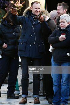 Mark Gatiss - Setlock filming 'Sherlock' on February 2015 in London - Looking pensive & pointing - the Hallmarks of every writer on set! Mycroft Holmes, Mark Gatiss, London Pictures, Johnlock, Sherlock Bbc, Wish Shopping, On Set, Canada Goose Jackets, The Man