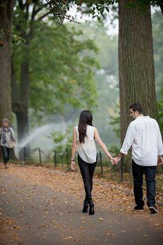 NYC engagement photo session: http://www.stylemepretty.com/new-york-weddings/new-york-city/2014/06/06/nyc-engagement-session-3/ | Photography: http://www.capturedbyjen.com/