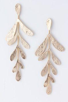 beautiful earrings)